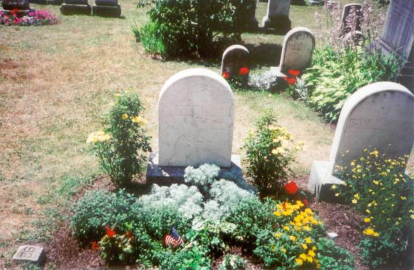 Susan B. Anthony Grave, Mt. Hope Cemetery, taken by L.S. Stuhler 7.8.2001