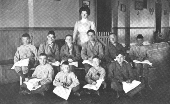 1909-24 Sewing Class