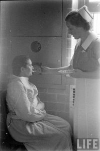 Alfred Eisenstaedt - Time & Life Pictures-Getty Images-Pilgrim State Hospital 1938-Woman